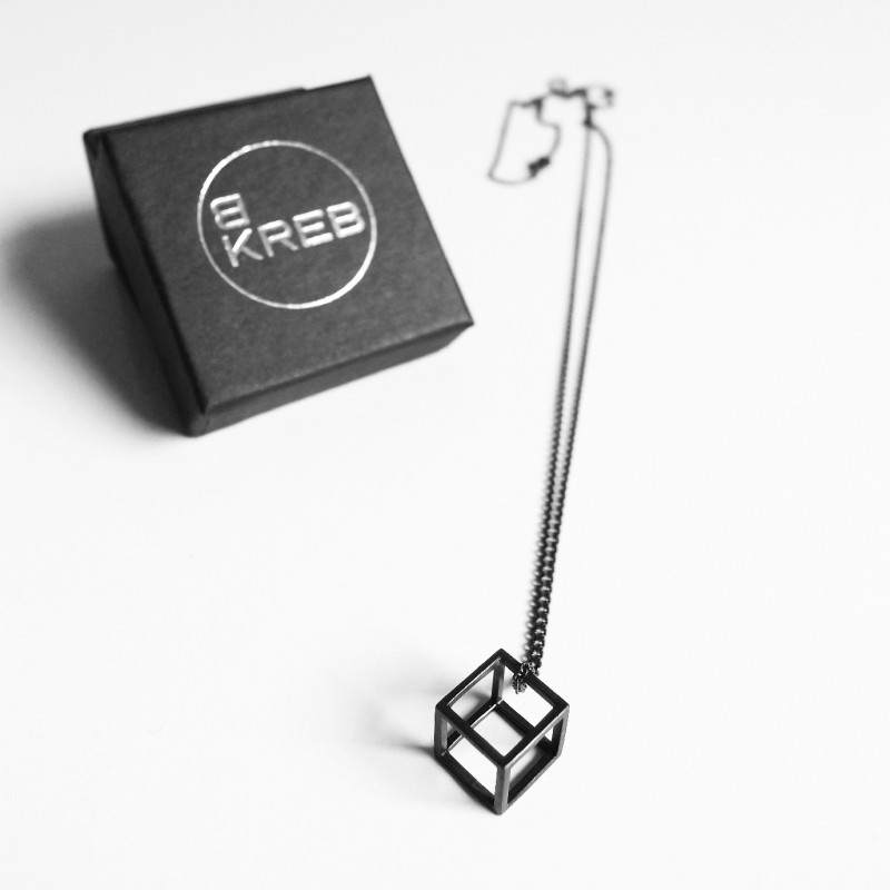 B KREB jewelry - CUBE XS necklace - schwarz
