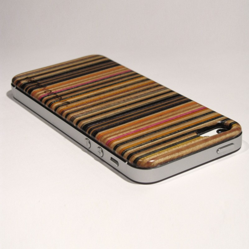 viertelvorneun. iPhone Cover aus Skateboardholz (iPhone 5/5s)