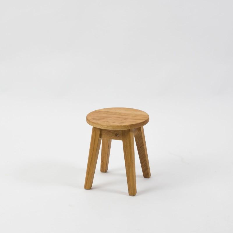 Mini-Hocker aus Eichenholz - Anton Doll Holzmanufaktur