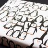 Bow & Hummingbird Geschenkpapier Pinguinparade