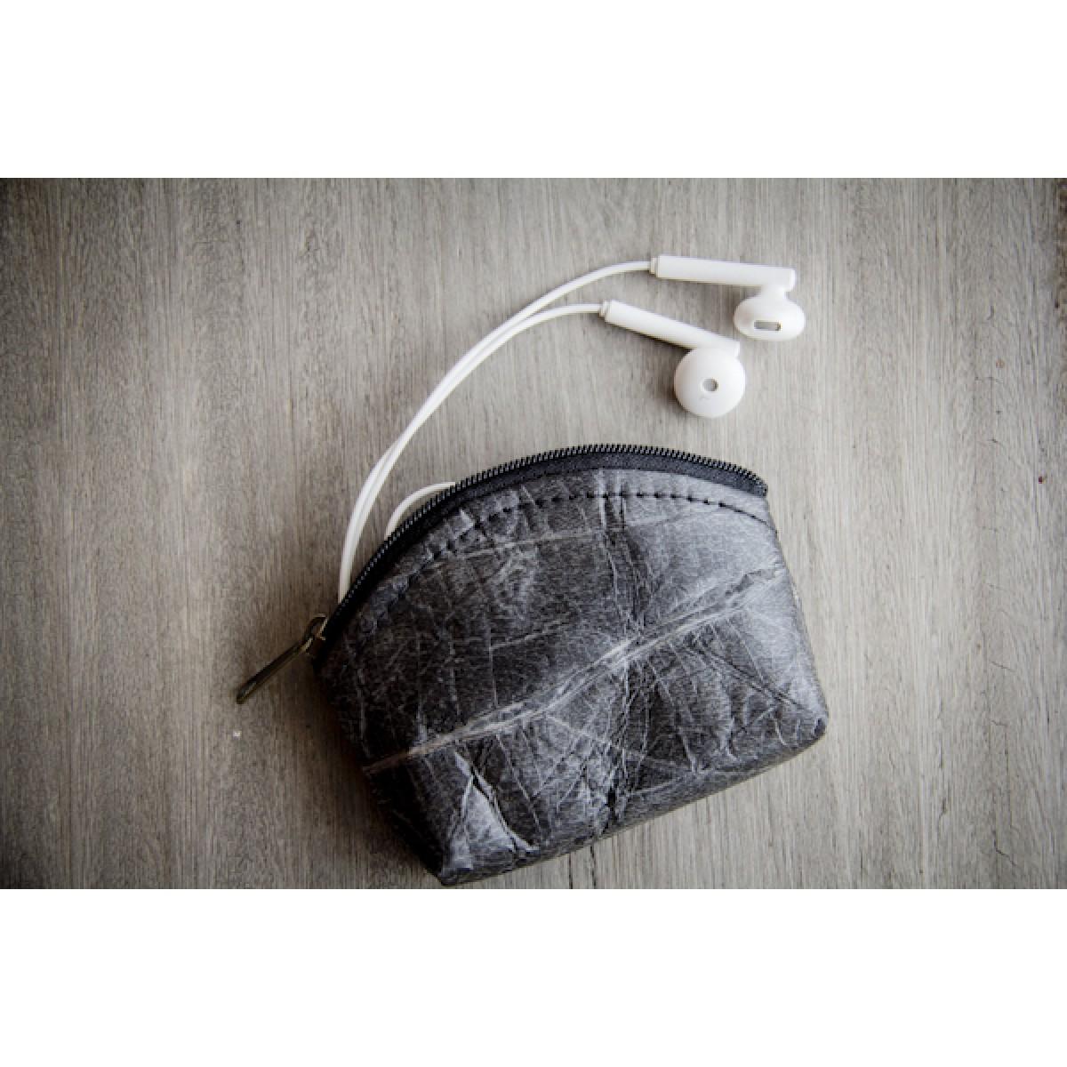 Portemonnaie, Geldbörse aus laminierten Blättern in Schwarz BY COPALA