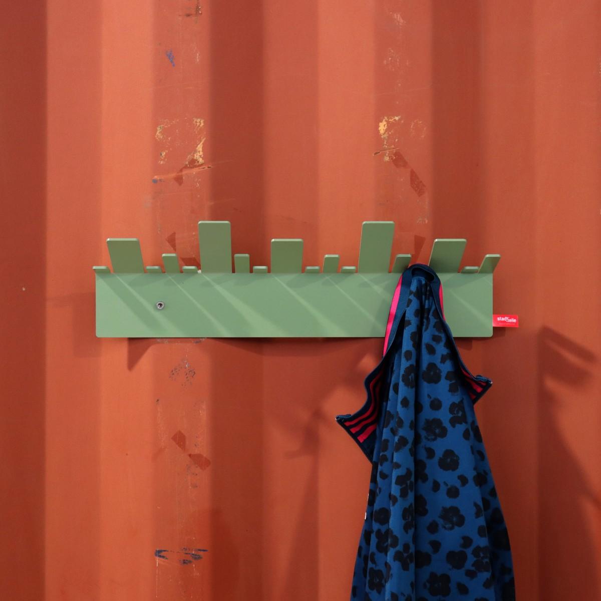 OBE Garderobe in Blassgrün von stadtteile