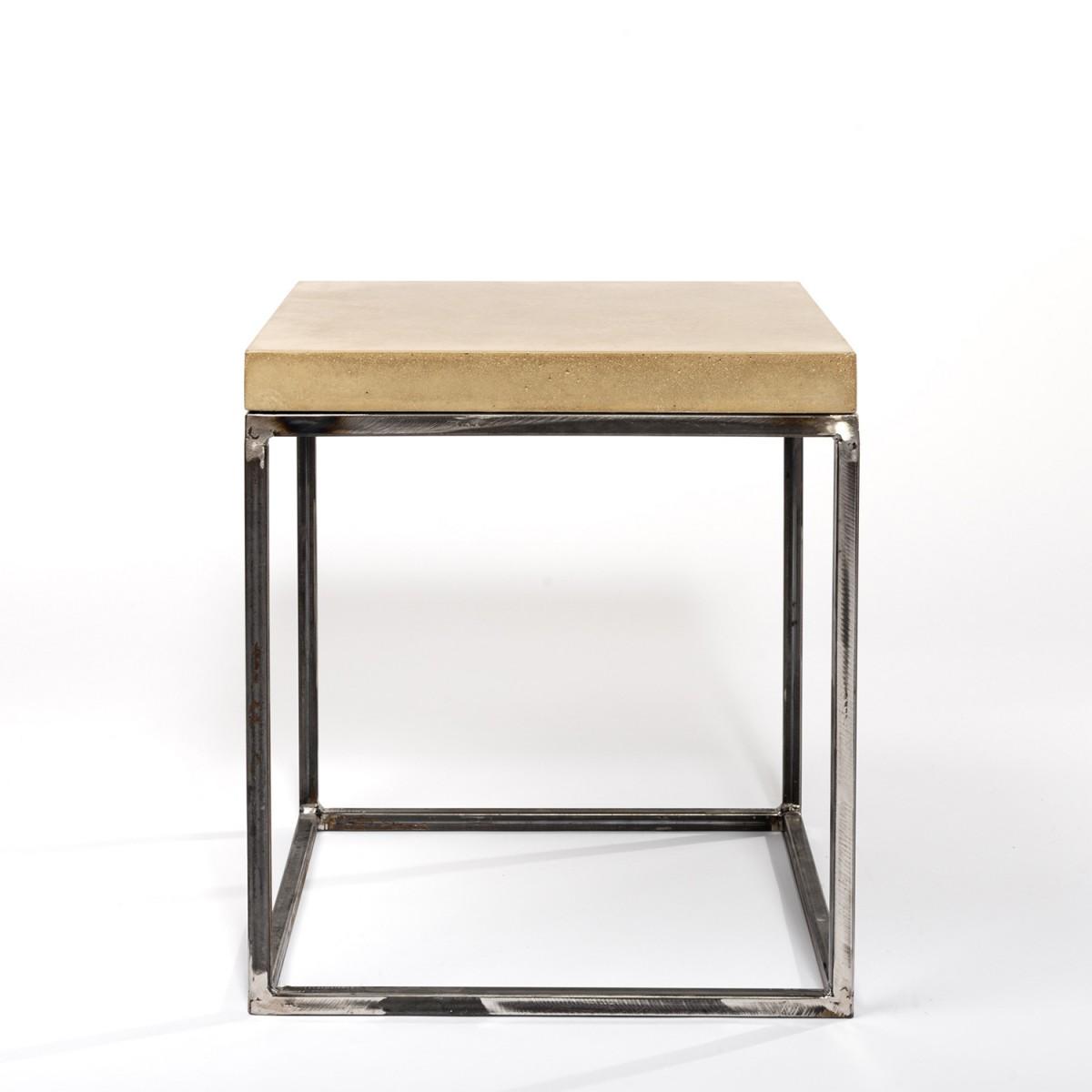 Von Heilig – Beistelltisch aus Beton und Stahl minimalistisch grau