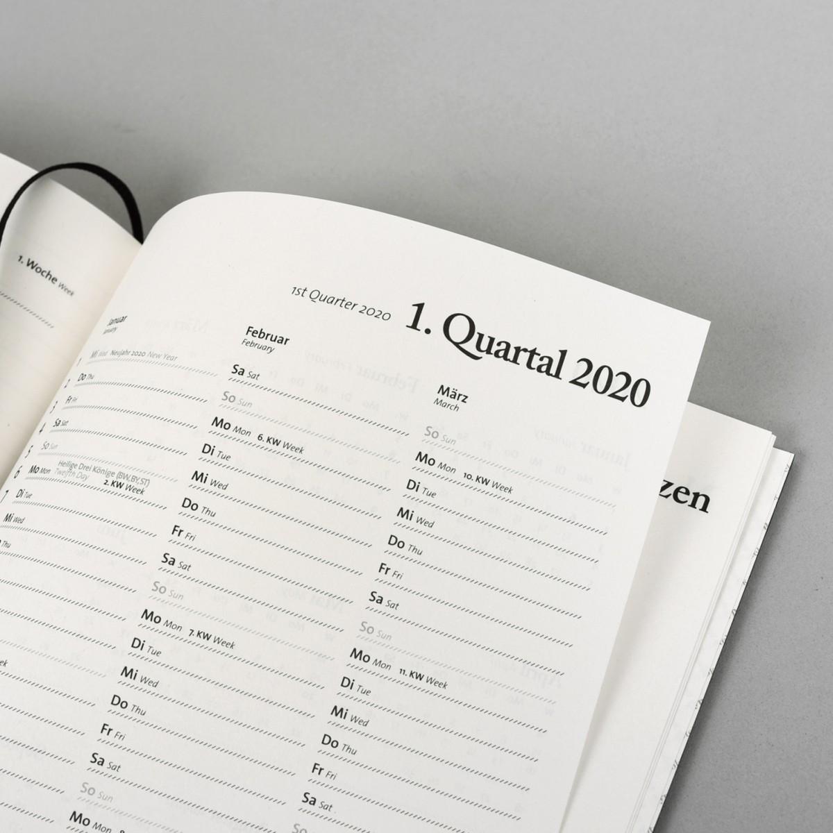 tyyp Kalender 2019 - Schwarz, DIN A5, Handmade