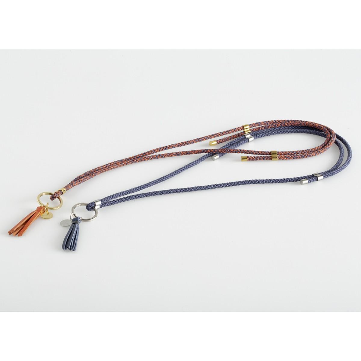 Schlüsselanhänger zum umhängen mit Lederquaste – Mélange, ultramarine/koralle