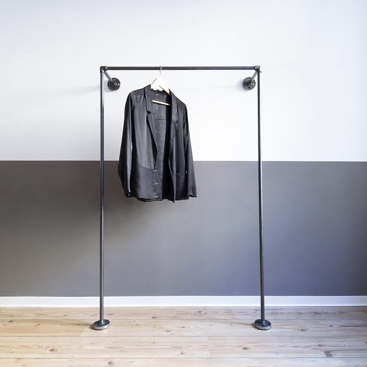 various Industrial Design Offener Kleiderschrank MONO LOW