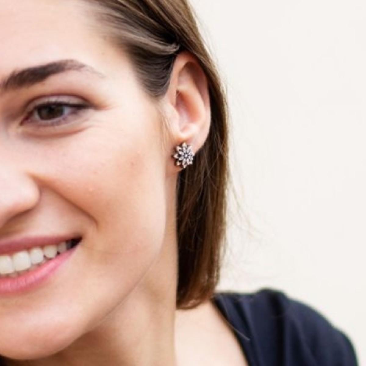"BeWooden Ohrstecker - Ohrringe aus Holz - ""Bellis Earrings"""