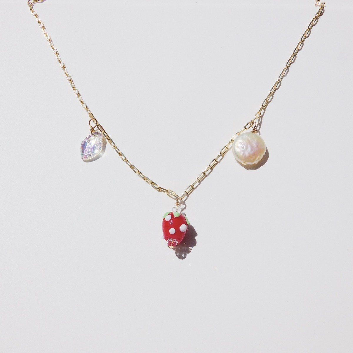 Valerie Chic - HAPPY STRAWBERRY Kette - 18 Karat vergoldet