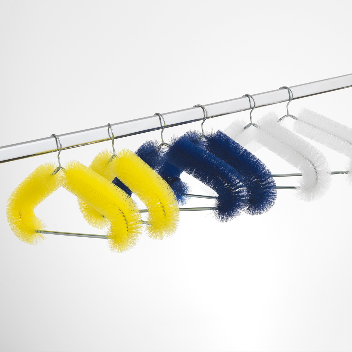 details, produkte+ideen MR. MAUSE / Kleiderbügel (Design von Sebastian Bergne)