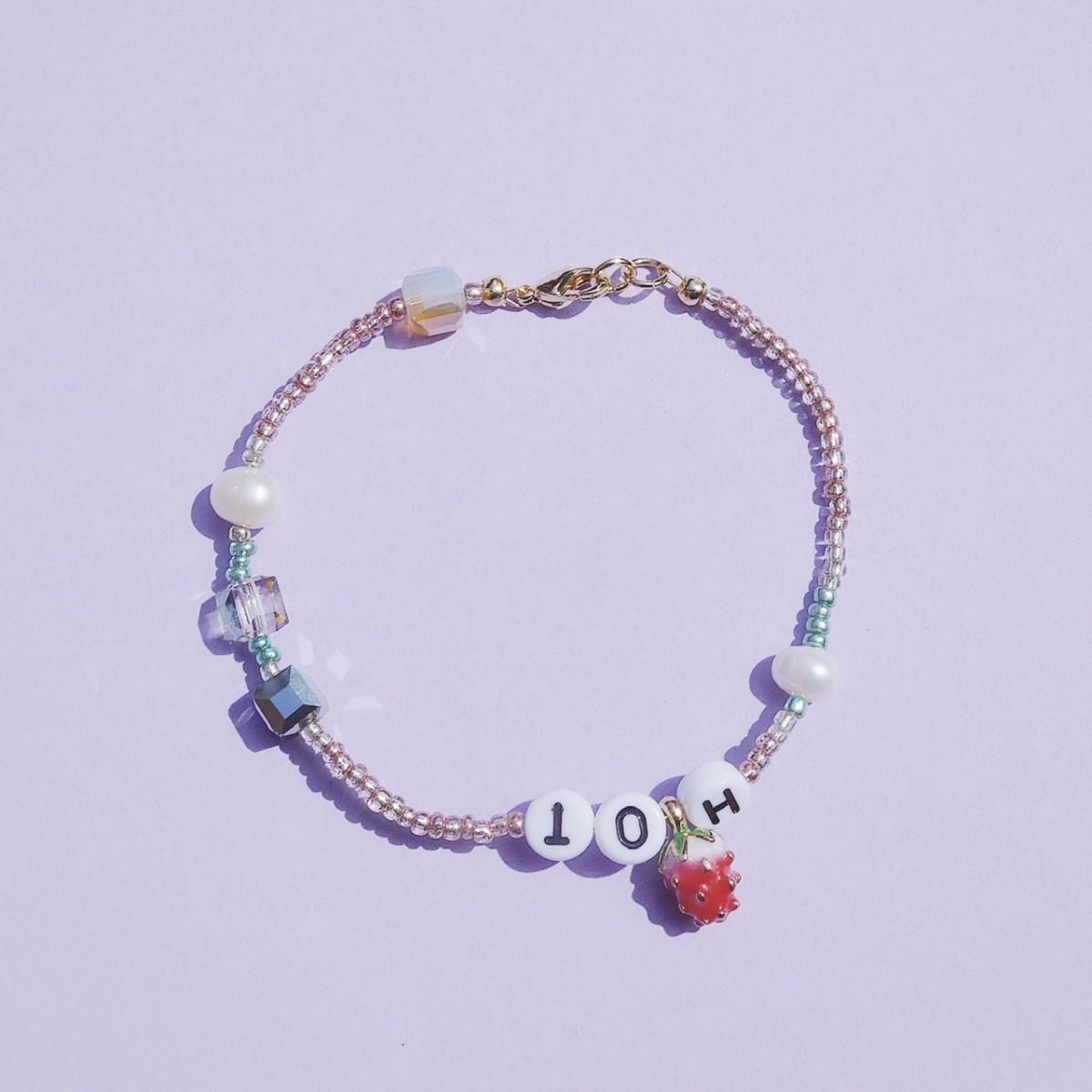 Valerie Chic - STRAWBERRY Armband