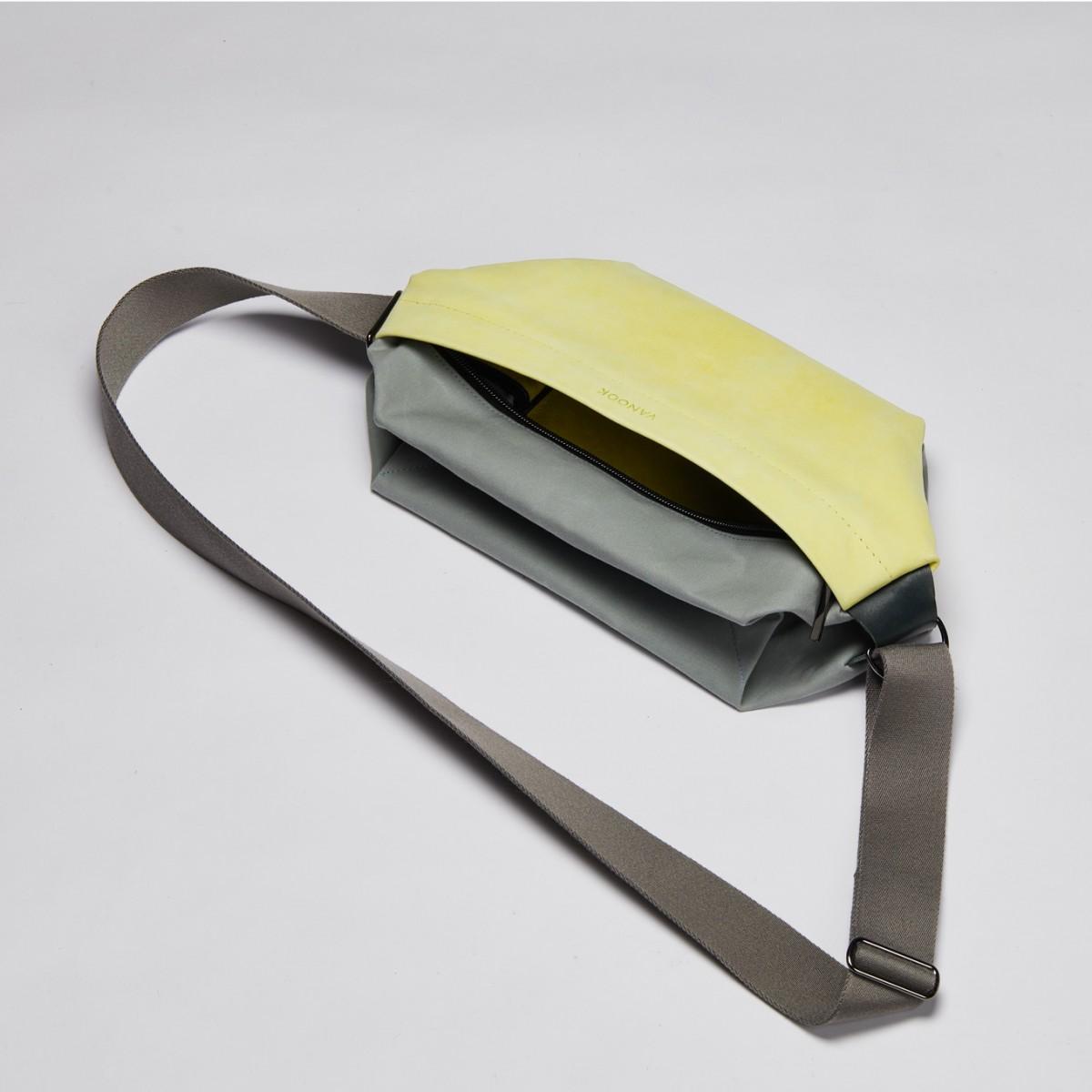 VANOOK - Sling Bag Large Lemon