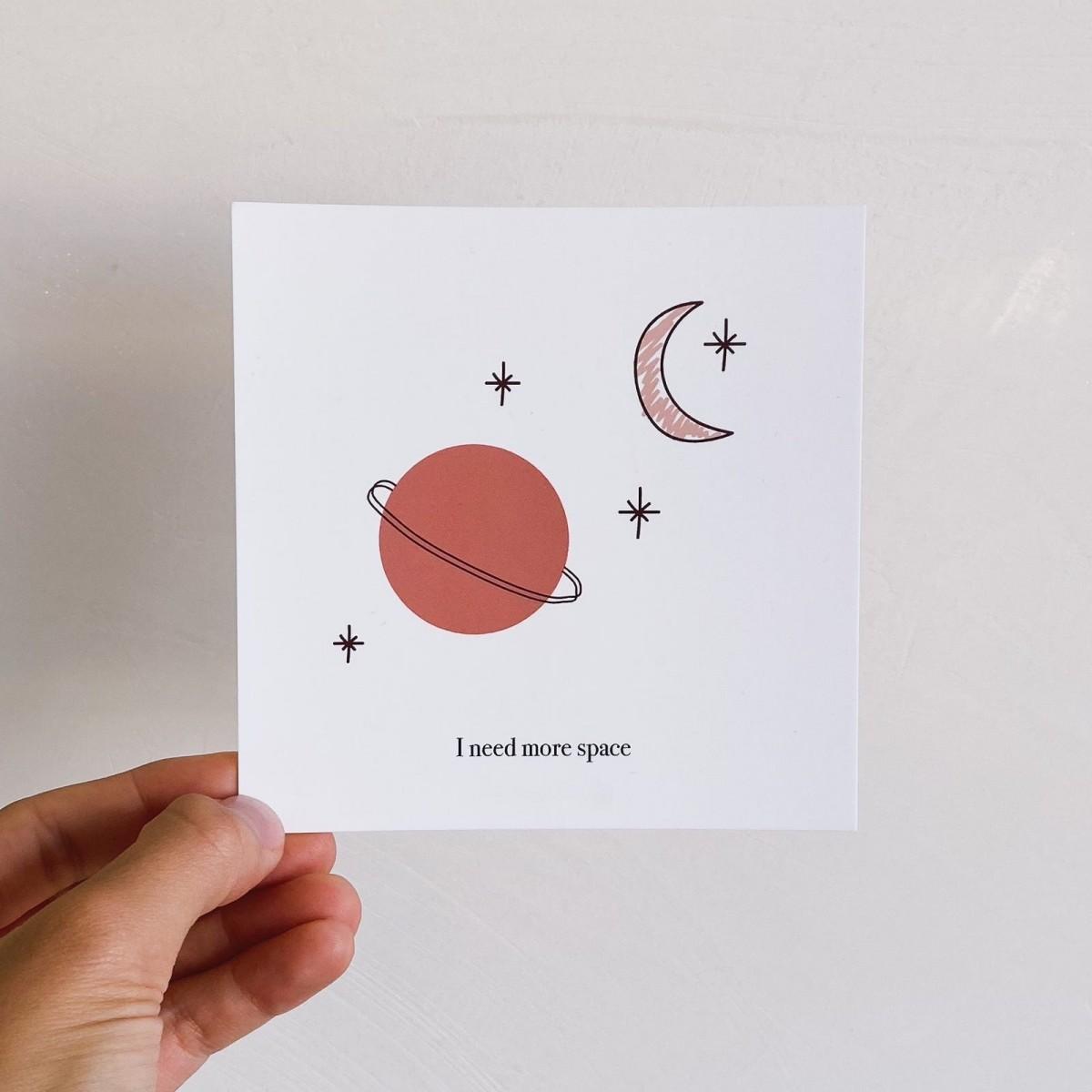Designst - Postkarte More Space