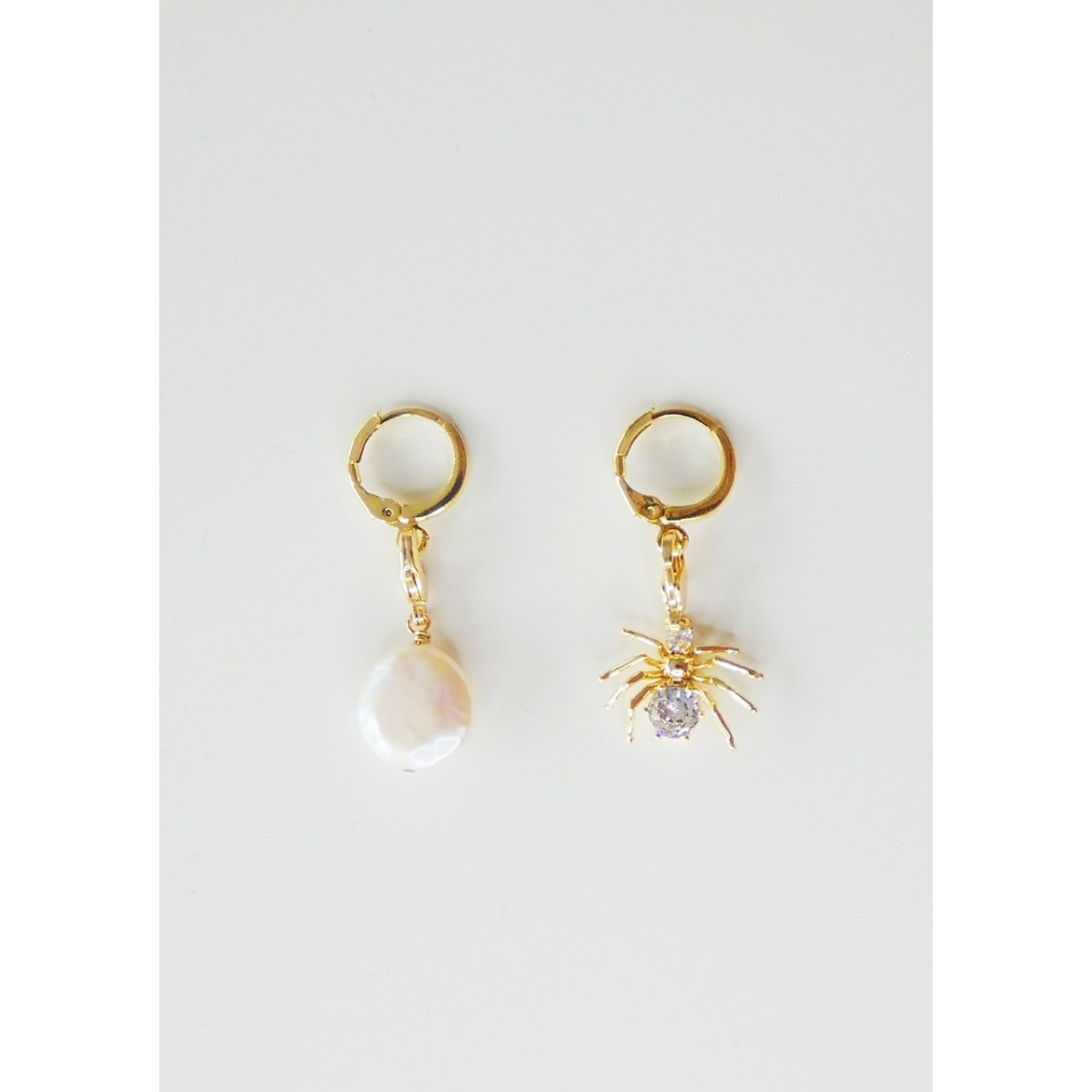 Valerie Chic - Spider Pearl Catch me if you can Choker & Creolen
