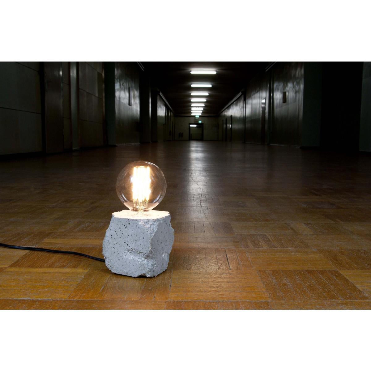 lj lamps alpha demolished tischleuchte aus beton mit. Black Bedroom Furniture Sets. Home Design Ideas