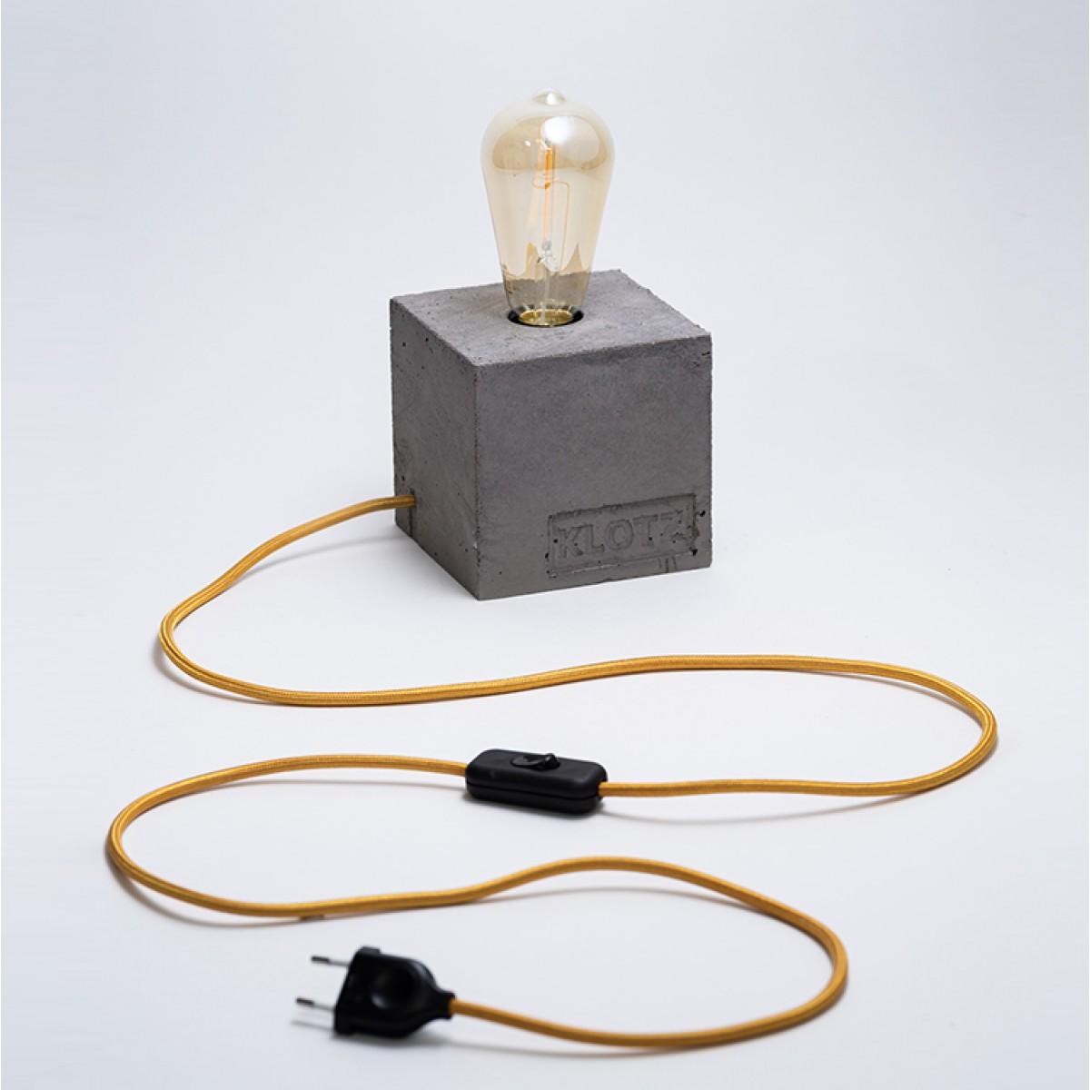 Klotz Betonlampe 'Goldklotz'
