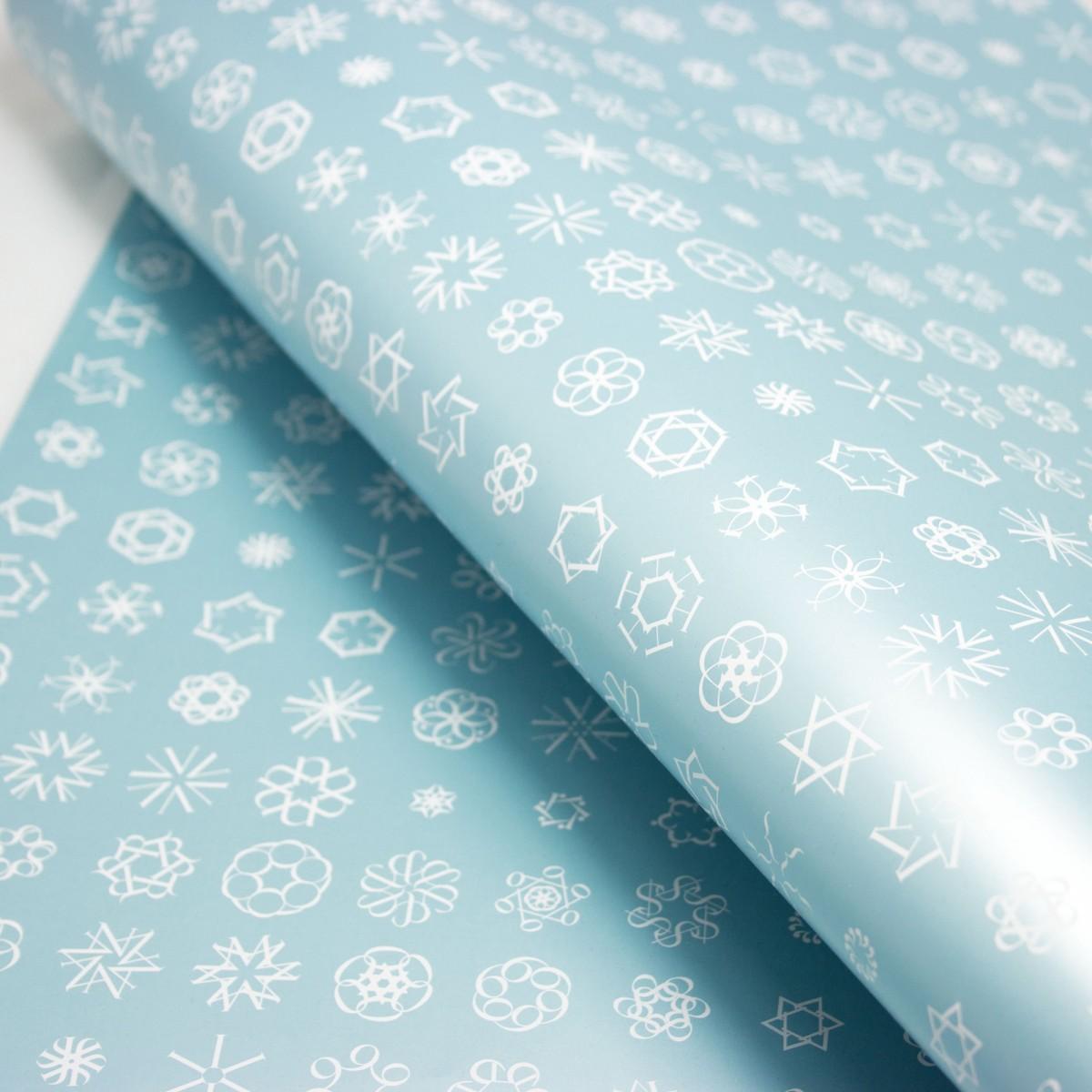 "Bow & Hummingbird Geschenkpapier ""Schneeflocken II"" (blau)"