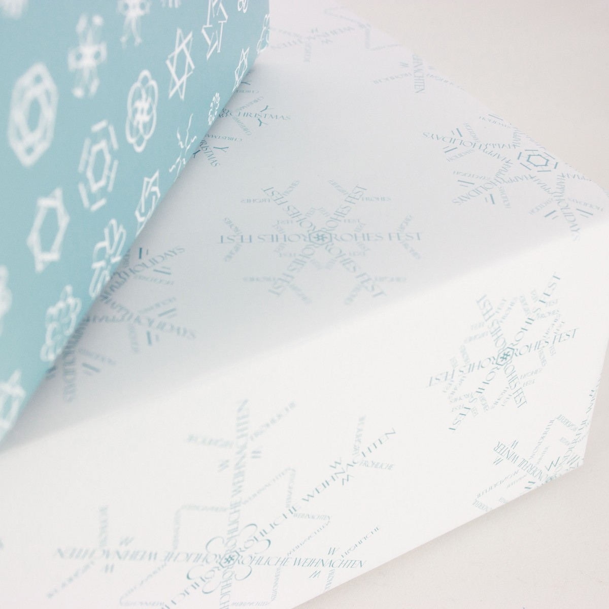 "Bow & Hummingbird Geschenkpapier ""Schneeflocken I""(weiß)"