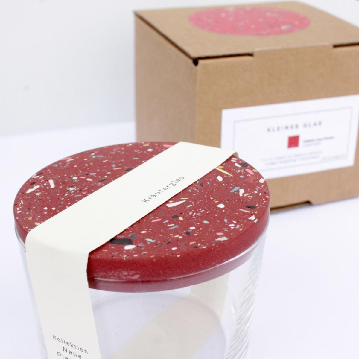 VLO design / Terrazzo Kleines Glas mit rotem Deckel