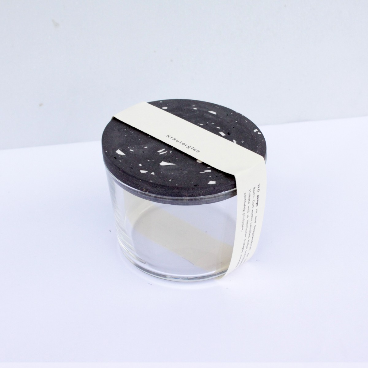 VLO design / Terrazzo Salz Glas mit schwarzem Deckel