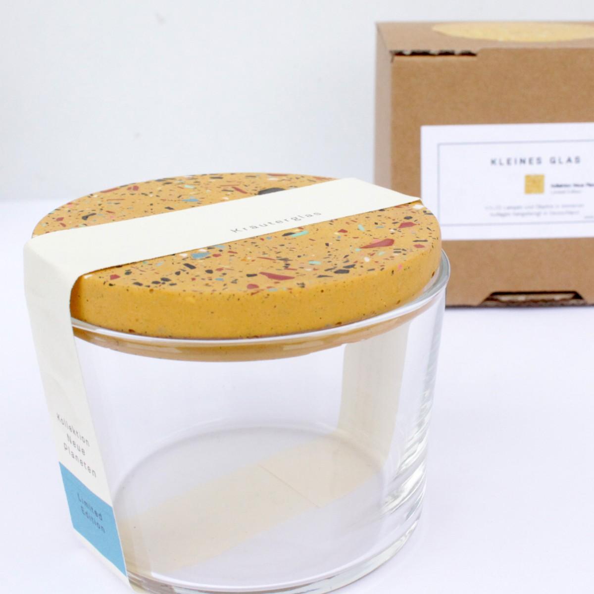 VLO design / Terrazzo Salz Glas mit ockem Deckel