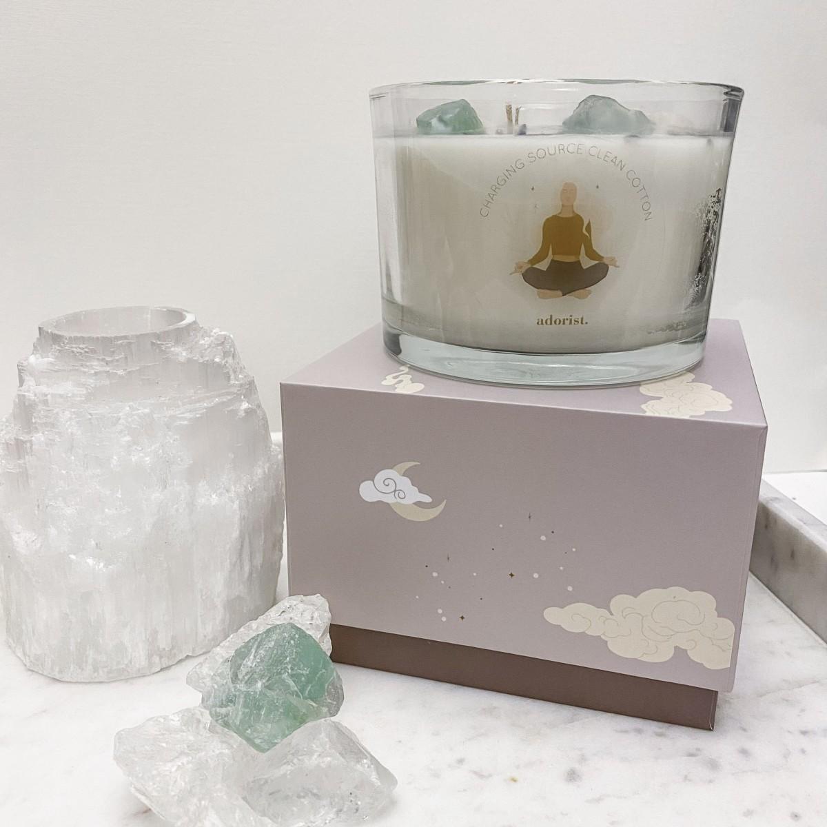 adorist - 3 Docht Duftkerze aus Sojawachs mit Kristallen Charging-Source-Clean-Cotton zum Durchatmen & neue Käfte tanken