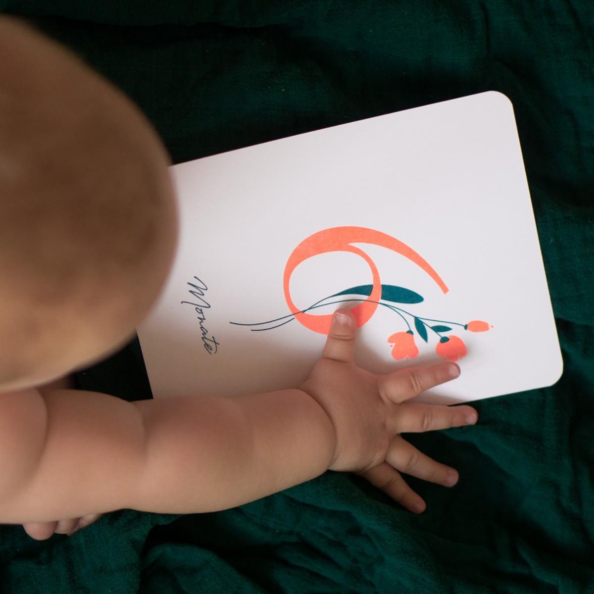 """Baby Meilensteinkarten """"Wild Flower"""" für die ersten 12 Monate,  Risographie Art Print"""
