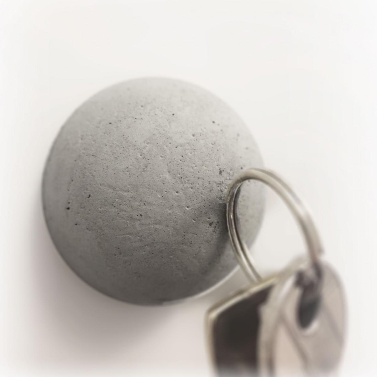 Dot. Der Beton-Magnet von Grellroth Design