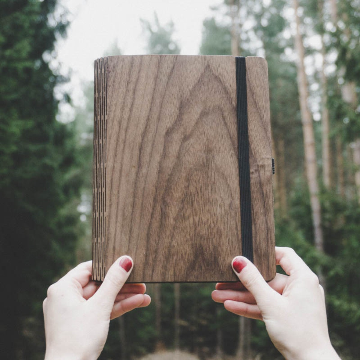 JUNGHOLZ Design Notizbuch, WoodBook, Walnuss