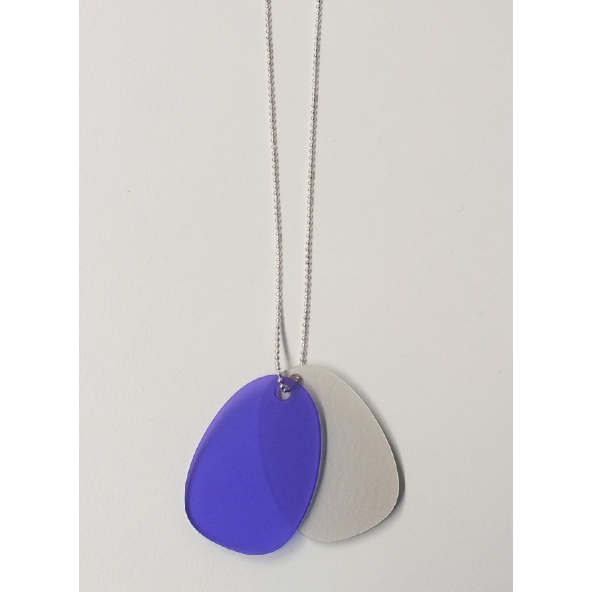 theobalt.design TAG necklace pearly/purple