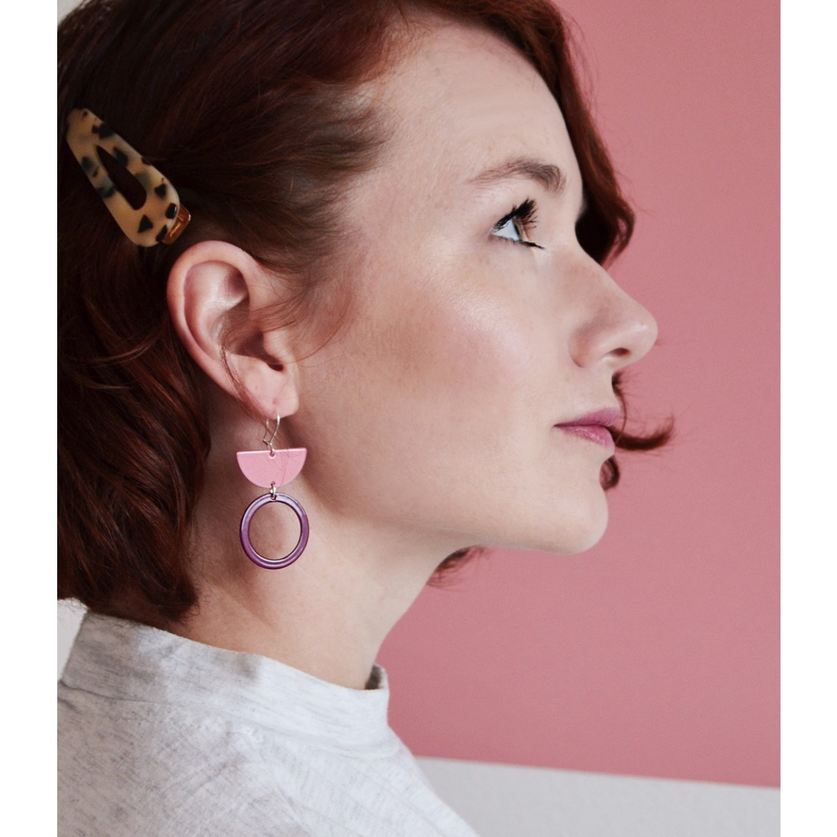 Nachhaltige Ohrringe: LU lila