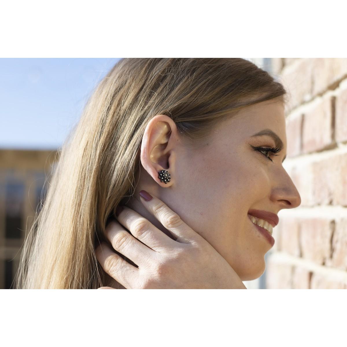 BeWooden Ohrringe - Ohrstecker mit Holzdetail - Motiv Blume - Nox Star Flower Earrings