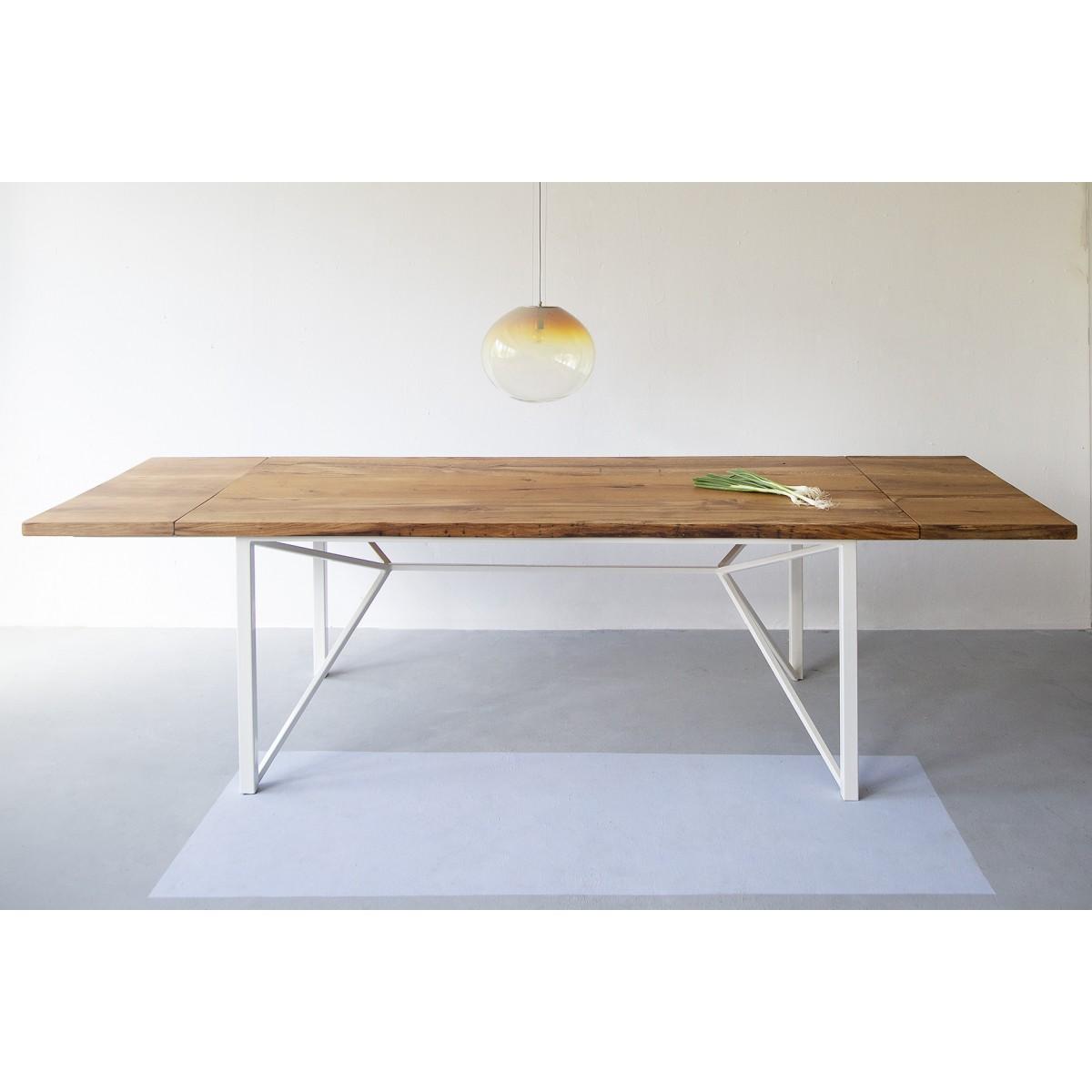 FraaiBerlin – Esstisch aus Altholz Eiche Loren/Donoe weiß mit Ansteckplatten