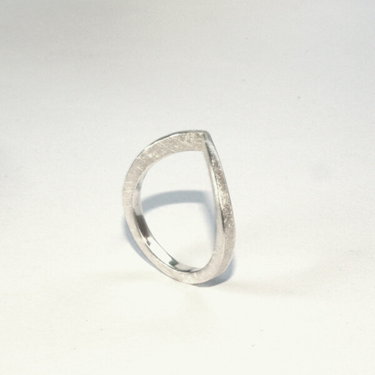 """DOPPELLUDWIG – Ring """"ANGESPITZT"""" aus 925/-  Silber"""