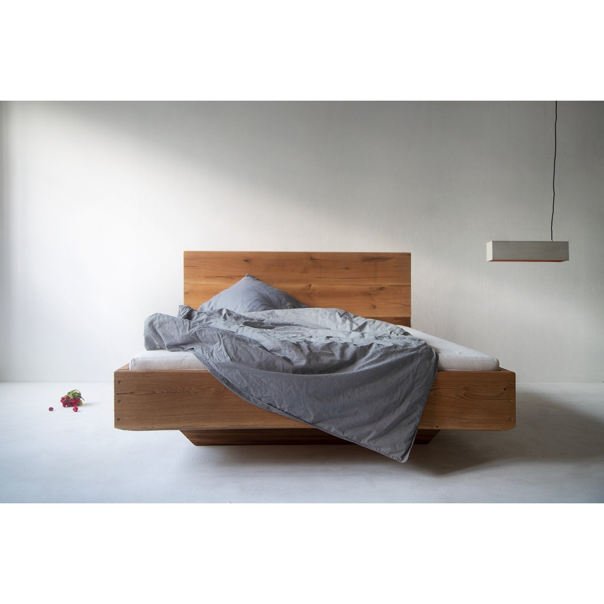 FraaiBerlin Altholz Eichen Bett Durande mit Lehne