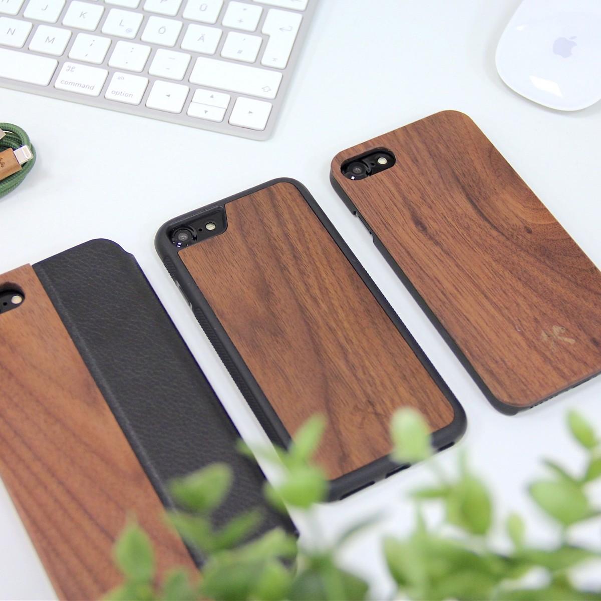Woodcessories - EcoBump - Premium Design Hülle, Case, Cover, Schutzhülle für das iPhone aus FSC zertifiziertem Walnuss Holz (iPhone Xs Max)