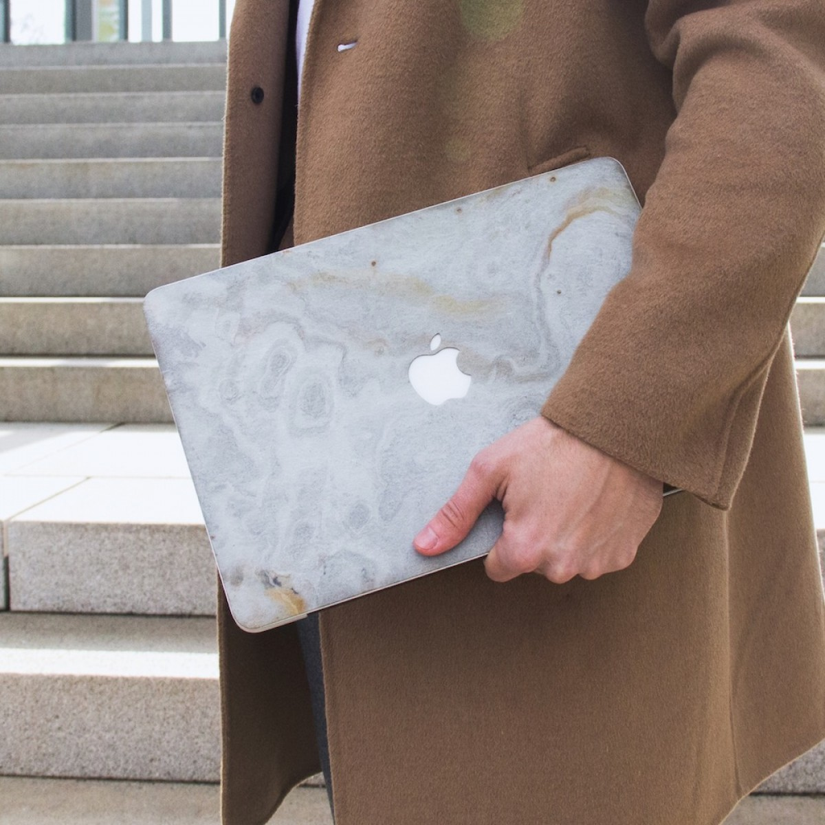 "Woodcessories - EcoSkin Stone - Design Apple Macbook Cover, Skin, Schutz für das Macbook aus hochwertigem Stein (Macbook 13"" Air & Pro (until 2016), Volcano Schwarz, Camo Grau, Antik Weiß, Canyon Rot)"