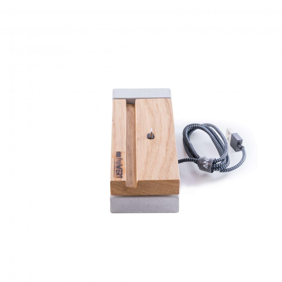 Ladestation für iPhone aus Eichenholz und Beton