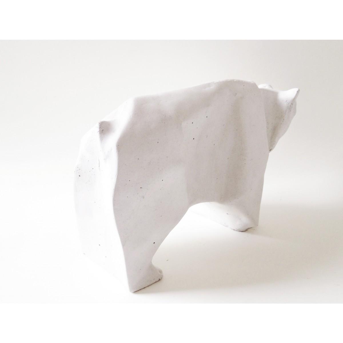 Origami Eisbär aus Beton