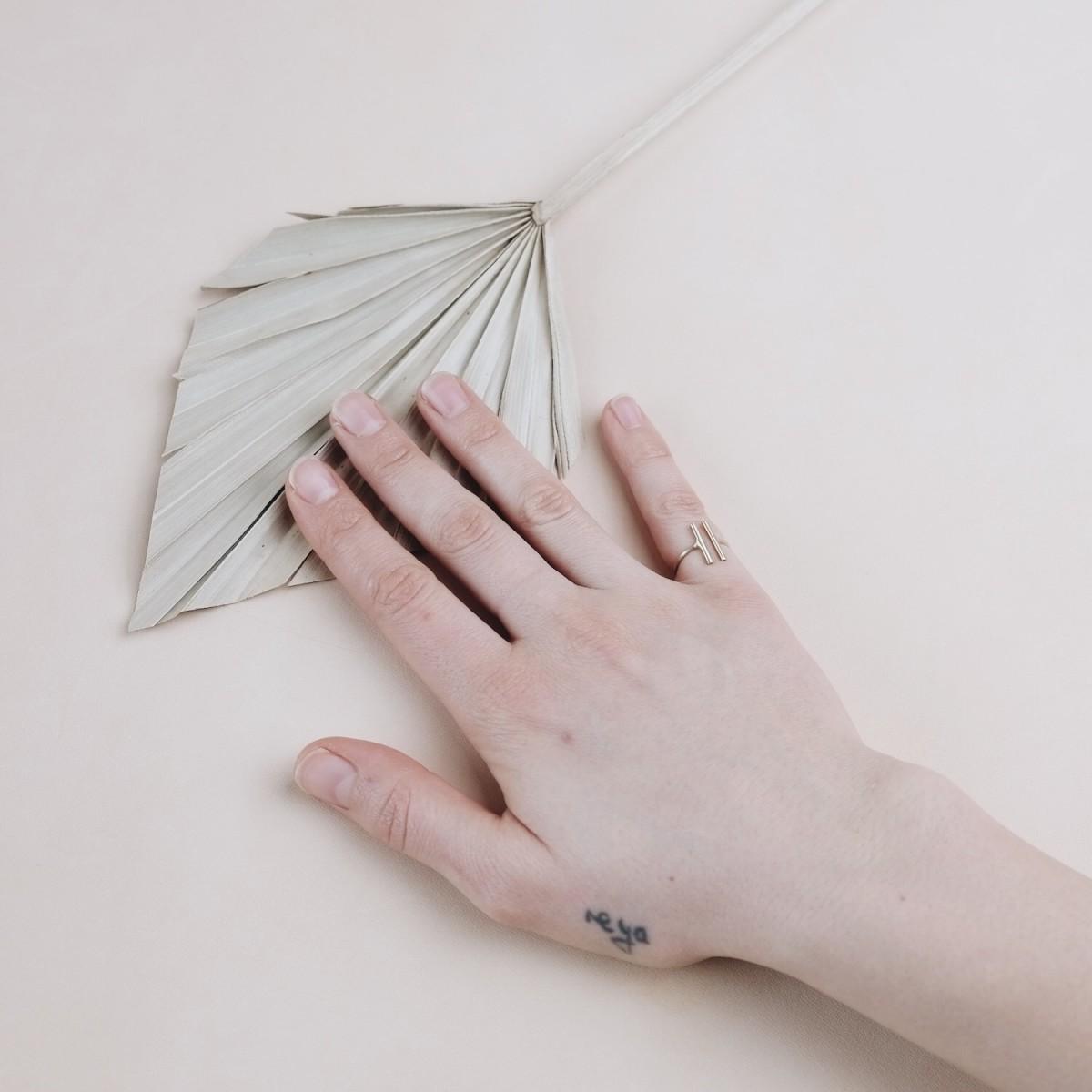 BRASSCAKE // Mini T Ring
