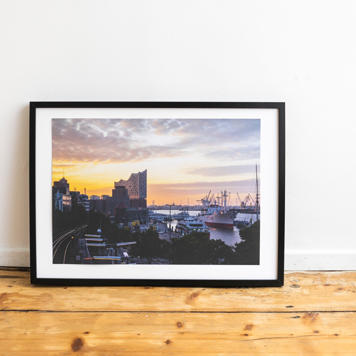 'U-Bahnhof Landungsbrücken' limitierter Fotodruck auf Naturpapier, DIN A2, klimaneutral gedruckt / Ankerwechsel Verlag