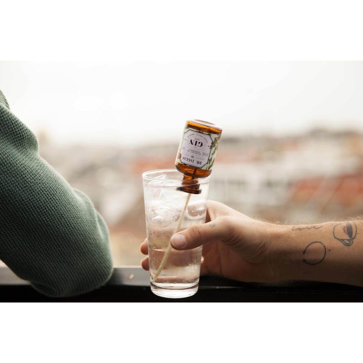 DR. JAGLAS Dry GIN-seng Navy Gin 6x50ml 50%vol