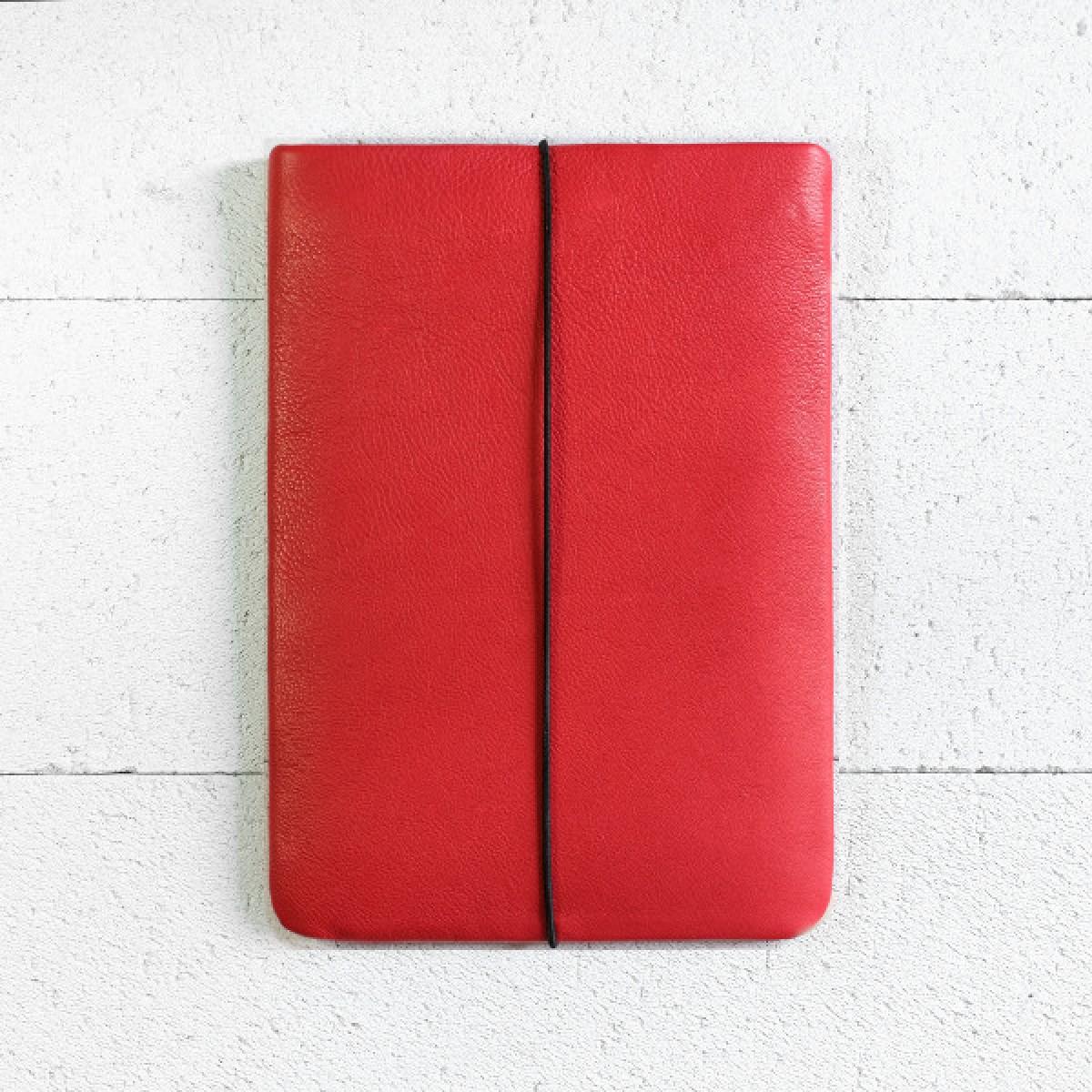 VANDEBAG - MacBook Sleeve aus rotem Leder