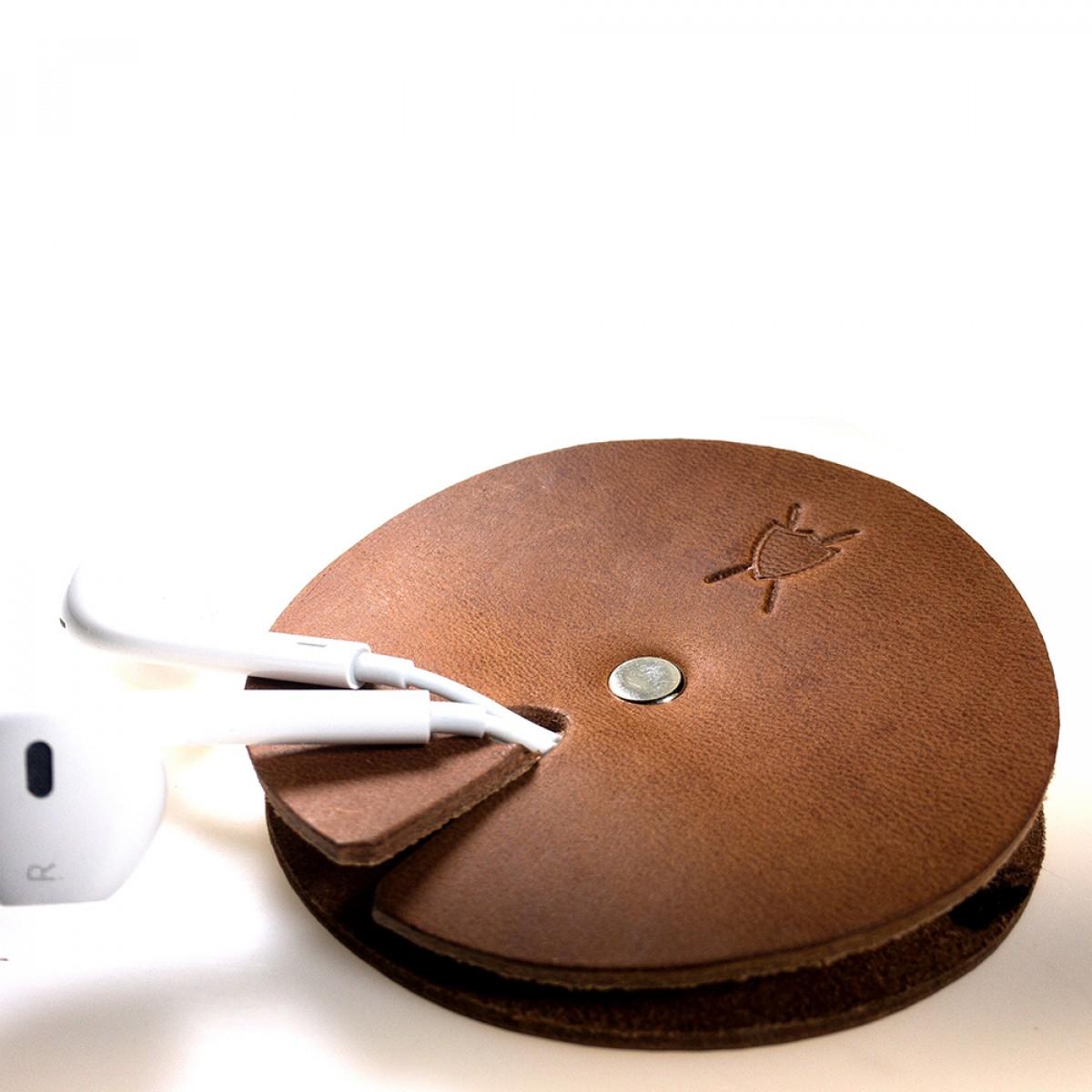 LIEBHARDT - Leder Kabelbinder als Kabelhalter aus pflanzlich gegerbtem Echtleder, Kabelwickler für Ladekabel oder Headset (braun)