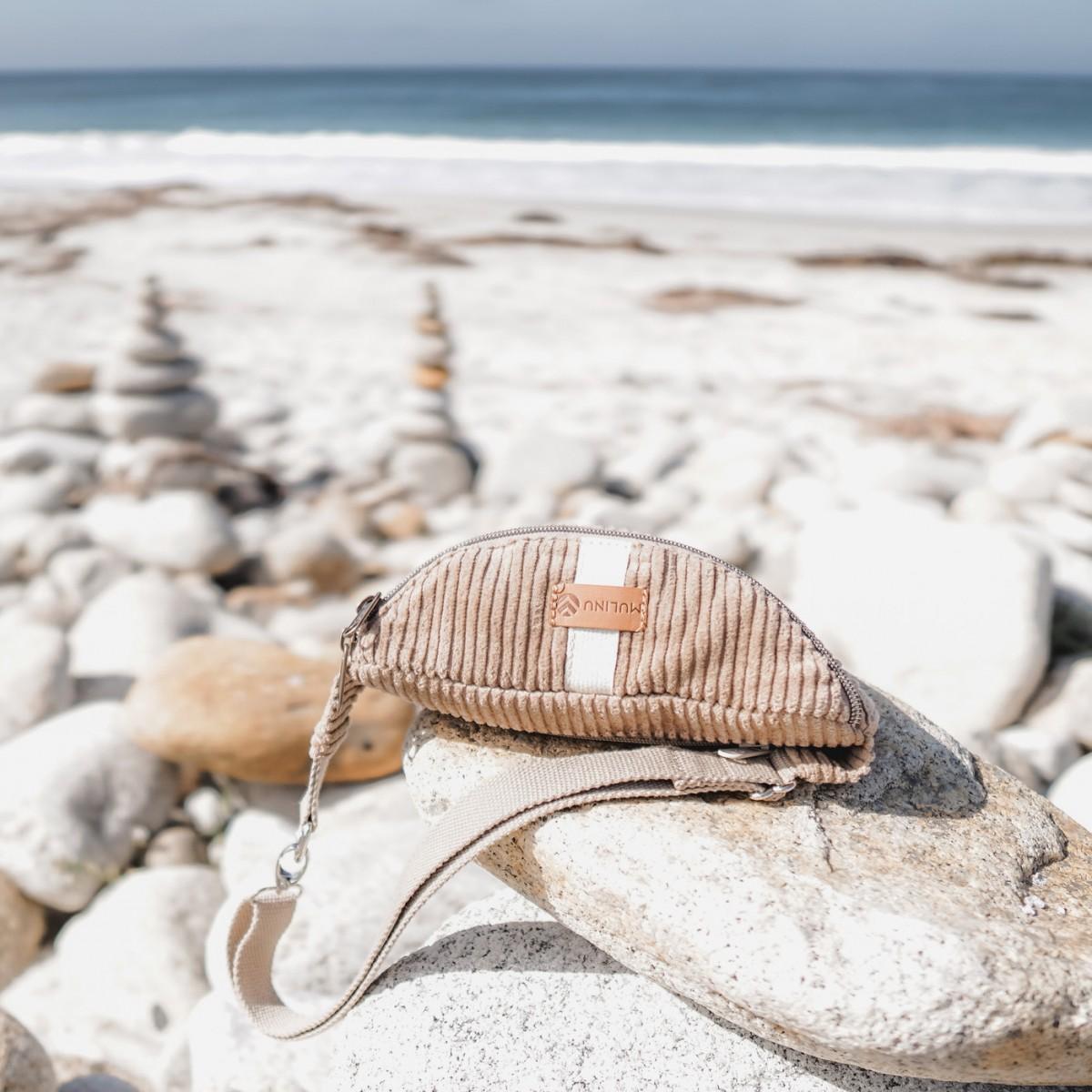 MULINU – Bauchtasche | Hipbag HENNES Breitcord Sand
