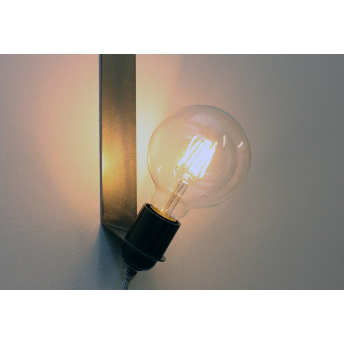 toshi LED Globe Ø 95 (klar, E27, 4W)