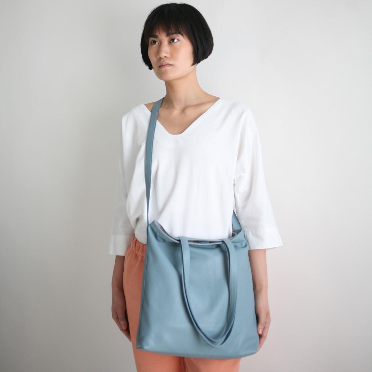 alexbender Multifunktionale Tasche echt Leder Taubenblau