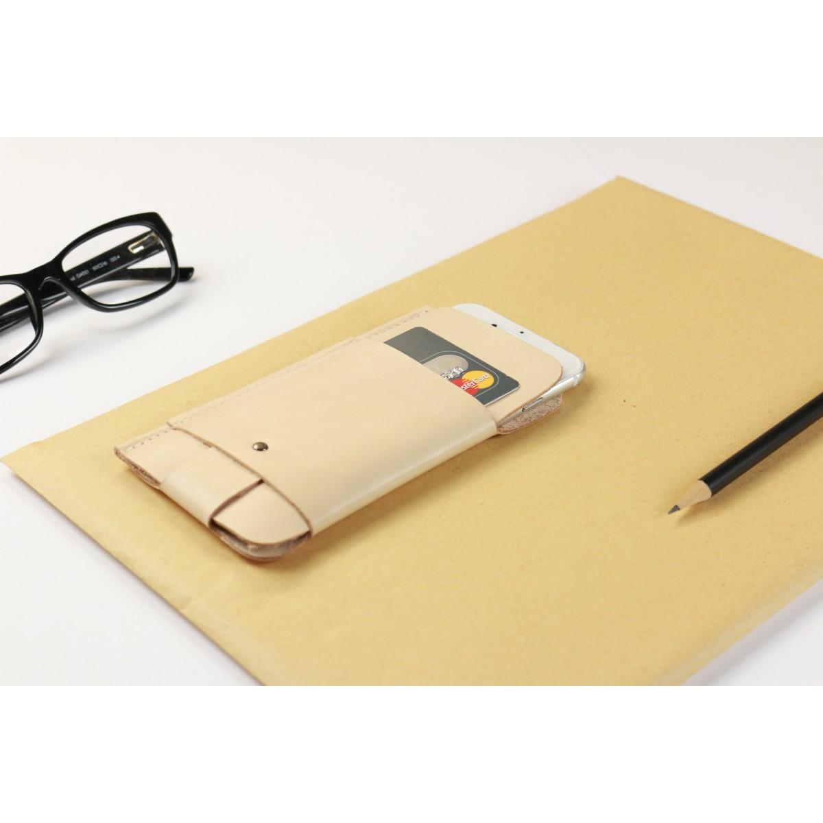 Alexej Nagel iPhone 6 Plus /6S Plus / 7 Slim Fit Hülle aus Leder in Farbe natur [N]