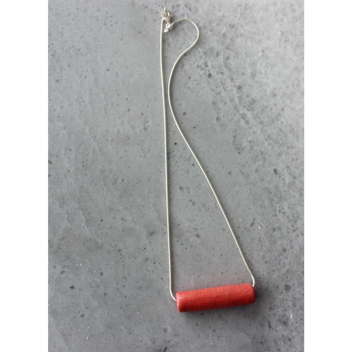 Skelini - Roter Porzellananhänger an einer Silberkette