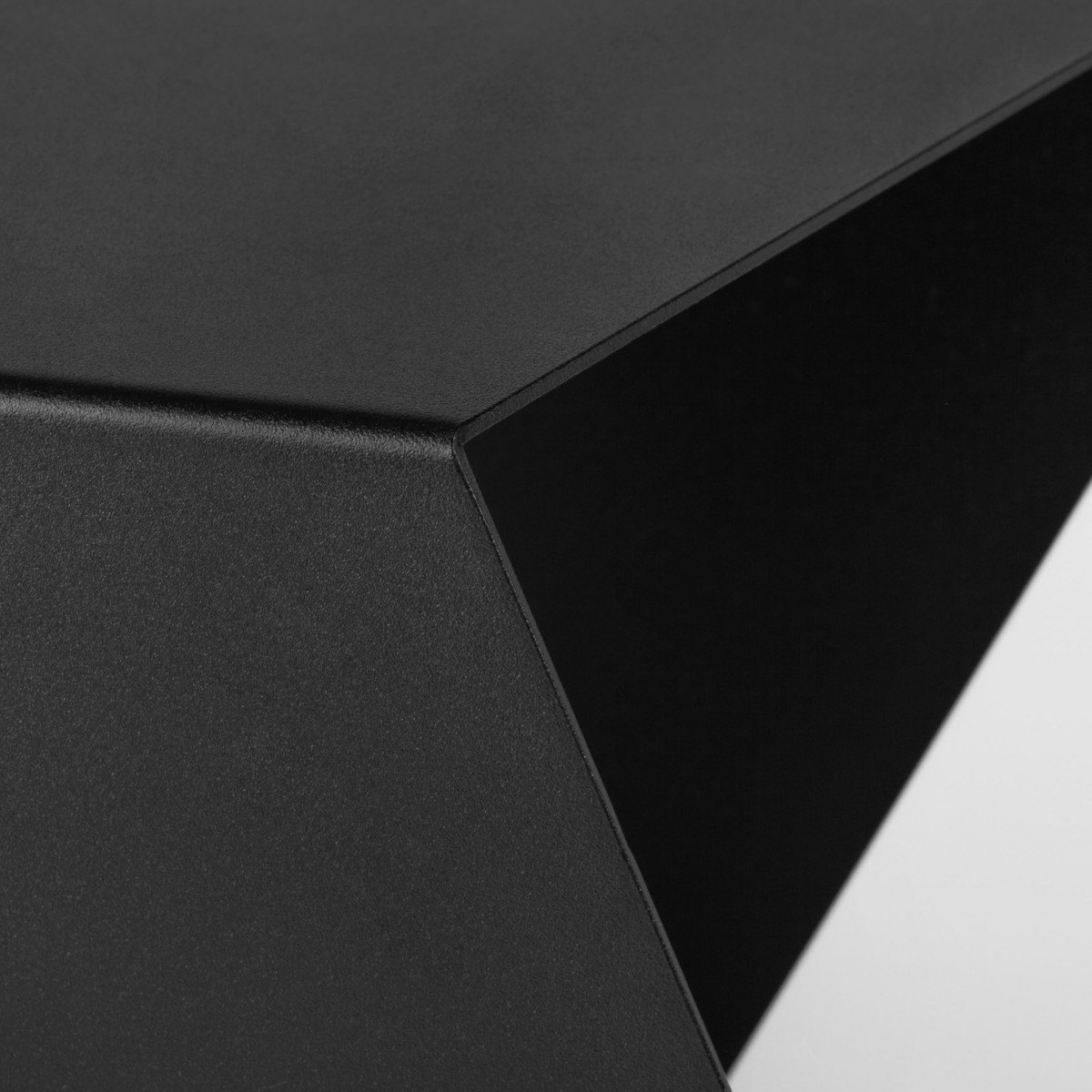 CHEVRON Table – StudioMakuko