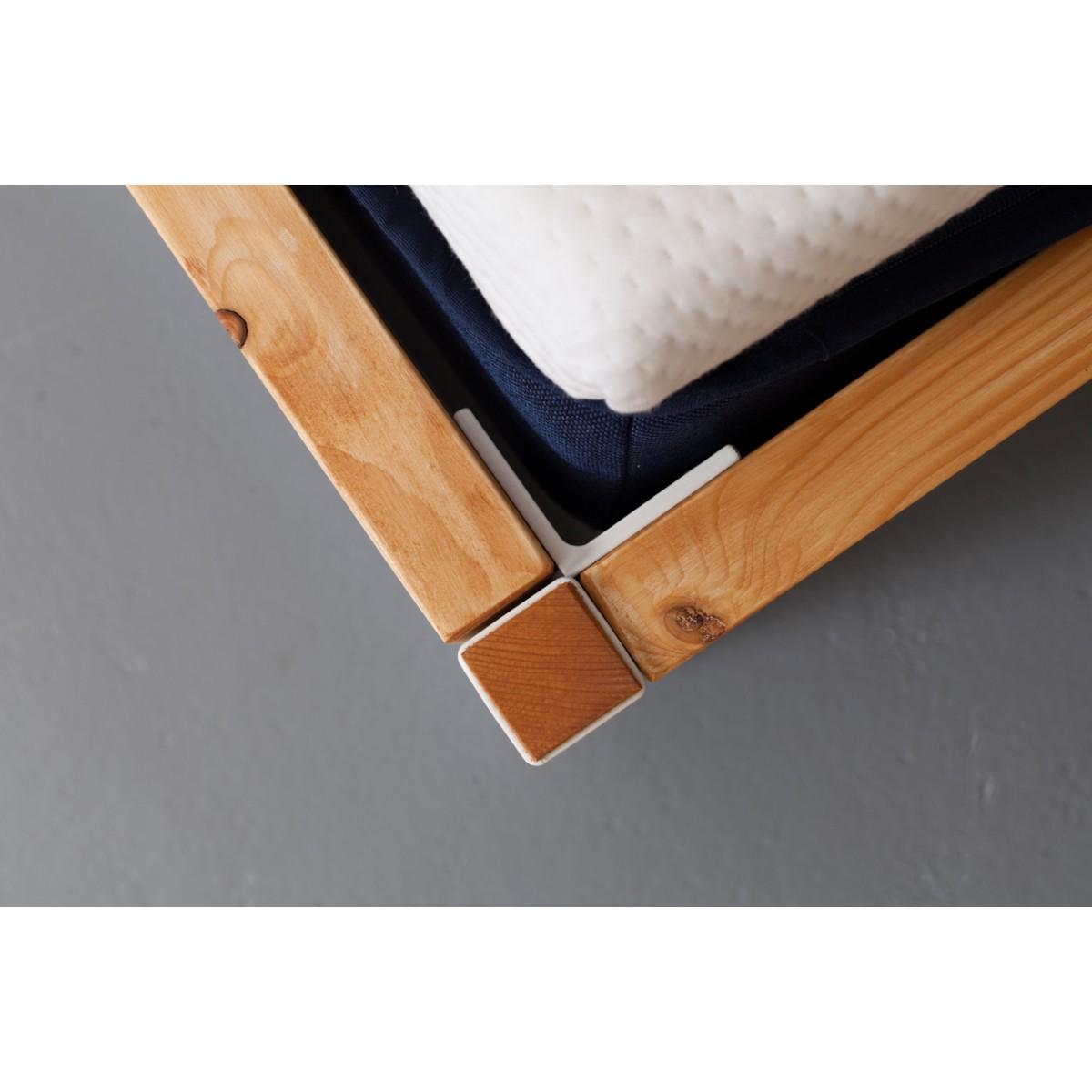JOHANENLIES | Upcycling Bett aus recyceltem Bauholz u. Stahl | LUBERON NATUR